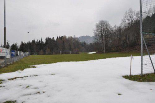 Die Erweiterung des Fußballplatzes soll 2017 realisiert werden. hw