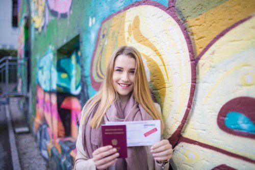 Das Wahlrecht zählt zu den Grundpfeilern einer Demokratie, davon ist auch Jungwählerin Charlotte überzeugt und gab in der Landeshauptstadt Bregenz ihre Stimme ab.