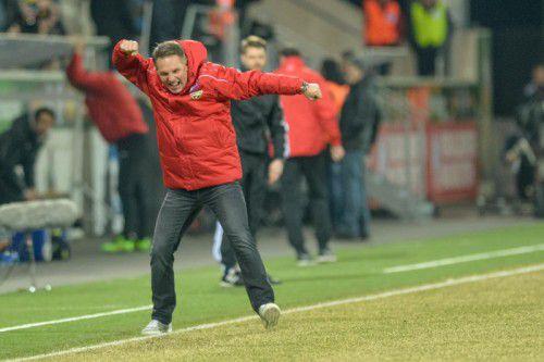 Emotionen à la Damir Canadi – Altachs Trainer will heute im Heimspiel gegen Salzburg wieder jubeln und hofft auf eine tolle Stimmung auf den Zuschauerrängen.