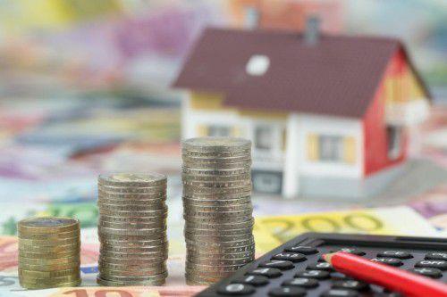 Rasant steigende Preise sorgen dafür, dass immer weniger Vorarlberger denTraum vom eigenen Haus verwirklichen können.VN