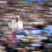 Papst geht auf Geschiedene zu