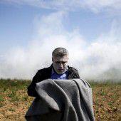 Dutzende Verletzte durch Tränengas in Idomeni