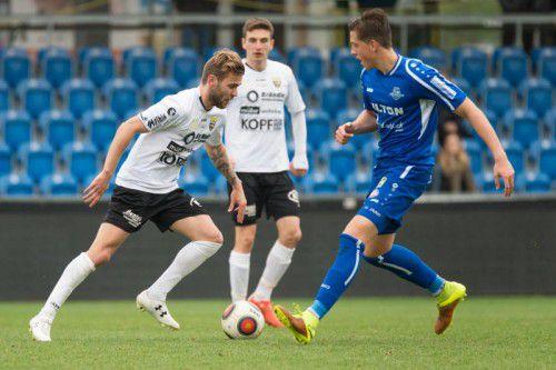 Martin Schwärzler (links) erzielte den Siegtreffer für die Altacher Amateure beim 2:1-Erfolg gegen Schlusslicht Reichenau.