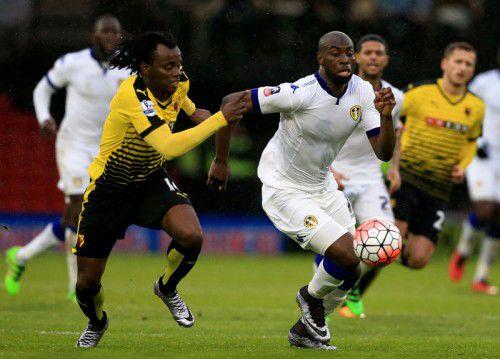Souleymane Doukara verbiss sich in den Gegenspieler.