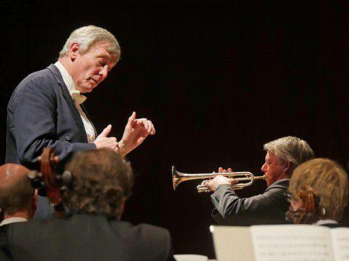 Startrompeter Ole Edvard Antonsen mit dem Dirigenten Michael Schønwandt.