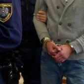 Unruhestifter hinter Gittern