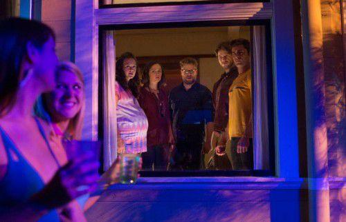 Bei der Fortsetzung von Bad Neighbors kommen Fans von derbem Humor auf ihre Kosten.
