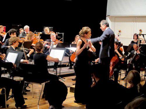 Das Stadtorchester unter Murat Üstün und die hervorragende türkische Flötistin Zerrin Gökce Yalcin.