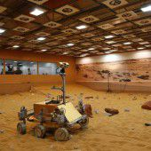 Brite steuert Weltraum-Rover von ISS aus