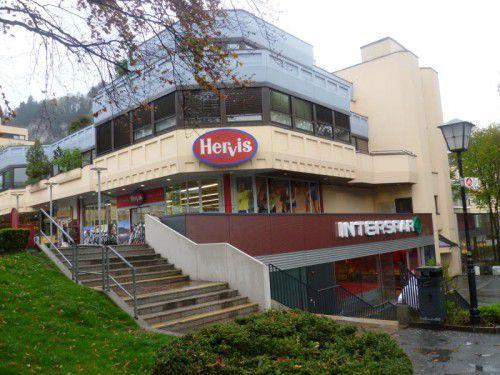 Beim Feldkircher Illpark herrschte im vergangenen Juni wegen der Bombendrohung eines psychisch Kranken höchste Alarmstufe. Foto: VN
