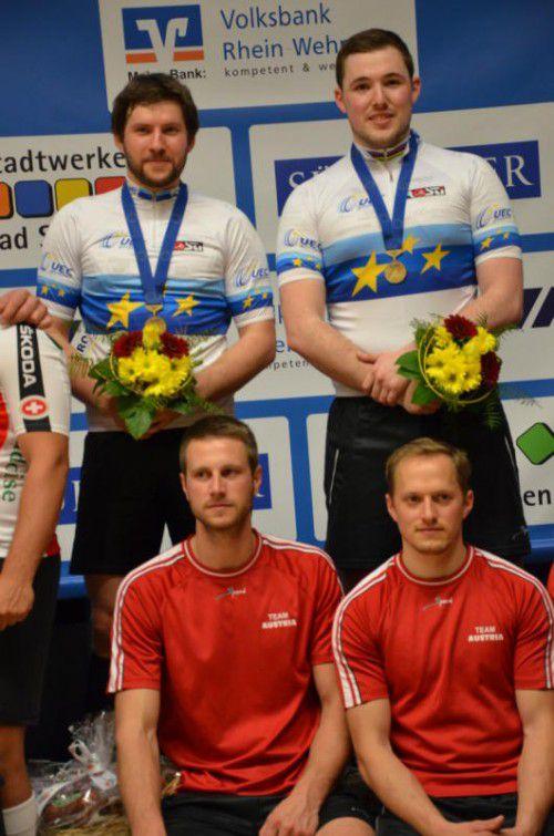 Die Favoriten Markus Bröll/Patrick Schnetzer (h.) und ihre Herausforderer Simon König/Florian Fischer.