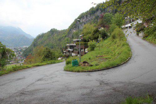 """Die oberhalb von Bludenz gelegene Straße """"In der Halde"""" wird nur außerhalb der Arbeitszeiten befahrbar sein."""