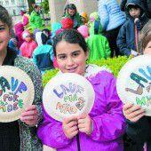 Berührende Solidarität mit dem Schulheim Mäder