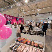 Erster Adler Modemarkt im Land