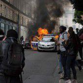 Polizei-Demos gegen Hass in 60 Städten