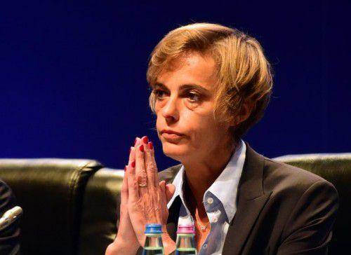 Neu im UEFA-Exekutivkomitee ist Florence Hardouin.