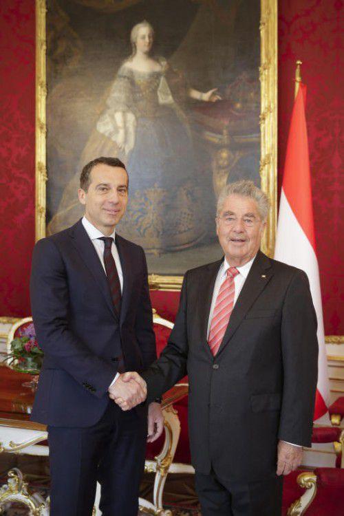 Österreichs baldiger Bundeskanzler, Christian Kern (links), traf sich am Freitag mit Noch-Bundespräsident Heinz Fischer.