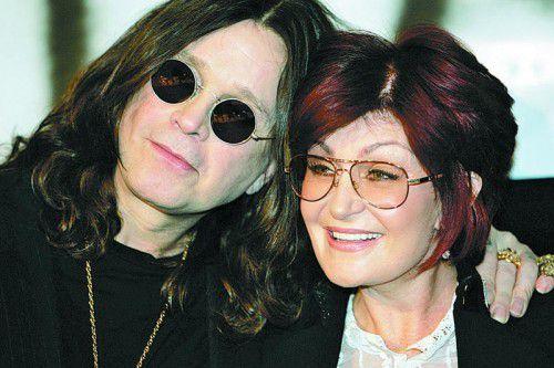 Ozzy Osbourne ist mit seiner Band Black Sabbath weltberühmt geworden. Seine vier Jahre jüngere Frau ist seine Managerin.