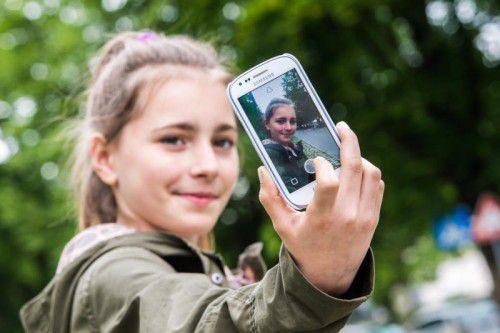 Über 130 Millionen Menschen weltweit nutzen täglich Snapchat – die elfjährige Anna-Lena ist eine von ihnen.
