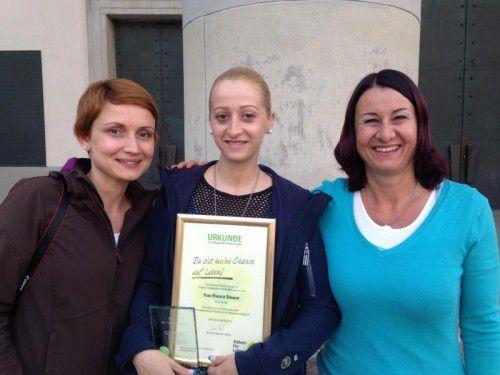 V.l.: Cemanur Kartal, Bianca Steurer und Susanne Marosch.
