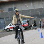 20 Frauen aus Lustenau bei Fahrradkurs