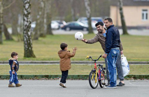 Vorarlbergs Bevölkerung wächst stark – auch weil viele aus Krisenländern hier eine neue Heimat finden. Alleine in den letzten 12 Monaten sind 2990 Syrer, Afghanen, Iraker, Somalier und Pakistani ins Land gekommen.