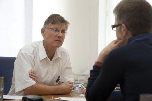 Ärztekammerpräsident Michael Jonas findet im Zusammenhang mit dem Hauptverband deftige Worte.
