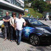 Erstes Taxi mit Elektromotor ist für umweltbewusste Fahrgäste bereit