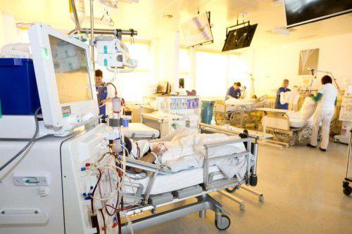 Die Mobile Dialyse soll auch zur Entlastung der stationären Einrichtungen, im Bild die Abteilung im LKH Feldkirch, beitragen. khbg