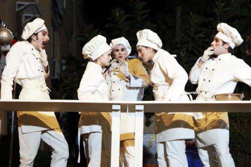 Beim Theaterfestival ist auch eine Straßentheatergruppe aus Israel mit dabei.