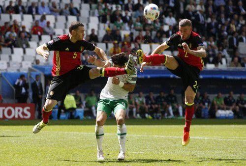 Belgiens Bollwerk bei der EM in Frankreich: Thomas Vermaelen und Toby Alderweireld müssen heute mit vereinten Kräften Zlatan Ibrahimovic stoppen.