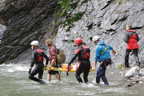 Die gemeinsame Rettungsübung in der Frödisch war ein Erfolg.