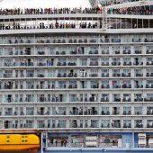 Weltgrößter Kreuzer beendet Jungfernfahrt