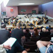 Landtag erörtert Lkw-Maut