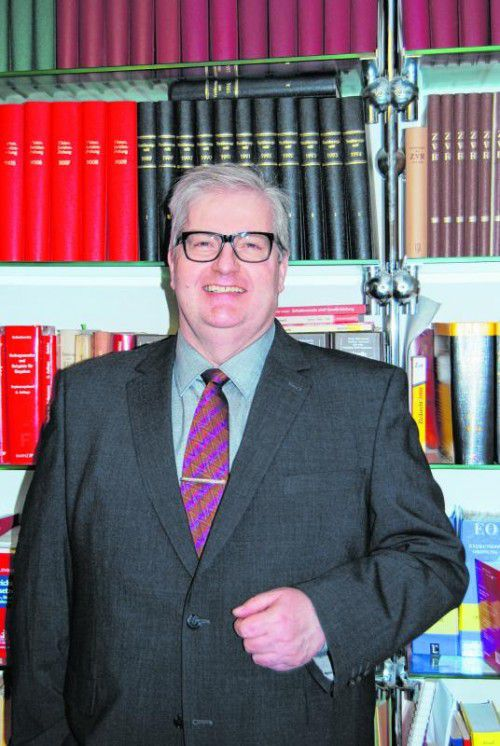 Dr. Michael Kramer