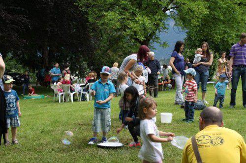 Ein großes Spielefest für Jung und Alt findet am Sonntag im Park der Villa Falkenhorst statt.