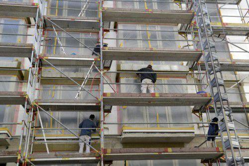 Attraktive Förderungen gibt es für die Sanierung und Beratung bei Mehrfamilienhäusern. APA