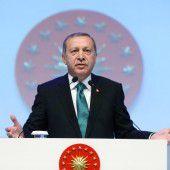Erdogan fordert Bluttest bei Türken in Deutschland