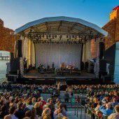 Festspielwetter und – stimmung bei Paolo Conte auf der Bregenzer Seebühne
