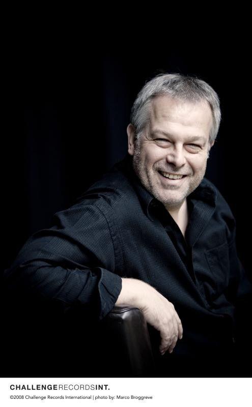 Der deutsche Tenor Christoph Prégardien (li.) wird beim Liederabend am Klavier von Julius Drake begleitet, einem dem besten Liedpianisten von heute. fotos: marco Borgrevve / Challange records