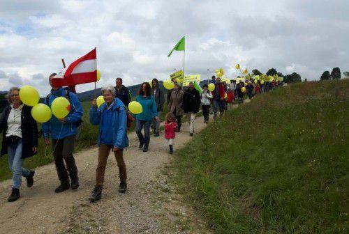 So kennt man Hildegard Breiner (r): Als Frontfrau der Anti-Atomkraftbewegung bei einer Demonstration.