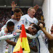 Sturridge lässt England jubeln und Wales zittern