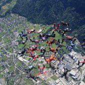 30 Sportler in 4400 Metern Höhe