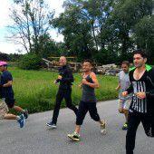 Lustenaus Flüchtlinge laufen in die Zukunft