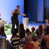 Kinder als Stadt- und Theaterbauer