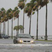 Tropensturm Colin sucht Florida heim