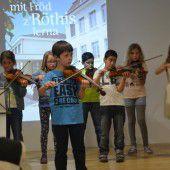 Röthner feierten ihre sanierte Volksschule