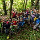 Buddeln im Wald statt in die Schule