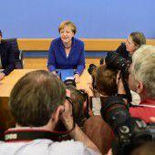 Nach Anschlägen in Bayern steht Merkel unter Druck