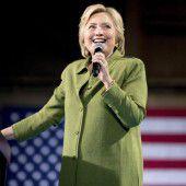 Mit Hillary Clinton strebt erste Frau ins Weiße Haus